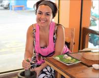Ximena Olds - Chef Mena - Thai Food 2559-05-09 at 01.07.18