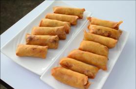 Ximena Olds - Chef Mena - Thai Food 2559-05-09 at 01.08.26