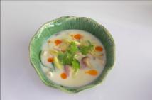 Ximena Olds - Chef Mena - Thai Food 2559-05-09 at 01.09.29