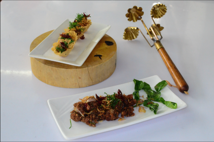 Ximena Olds - Chef Mena - Thai Food 2559-05-09 at 01.13.35