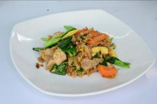 Ximena Olds - Chef Mena - Thai Food 2559-05-09 at 01.17.00