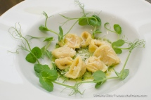 www-chefmena-com-ashburton-uk-goat-cheese-and-red-pepper-home-made-tortellini-and-fresh-pesto-sauce