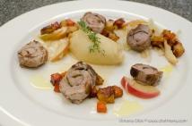www-chefmena-com-ashburton-uk-local-pork-tenderloin-en-papillote-with-shaved-fennel-apples-cider-and-thyme-apple-mash-and-roasted-honey-glazed-carrots-and-celeriac